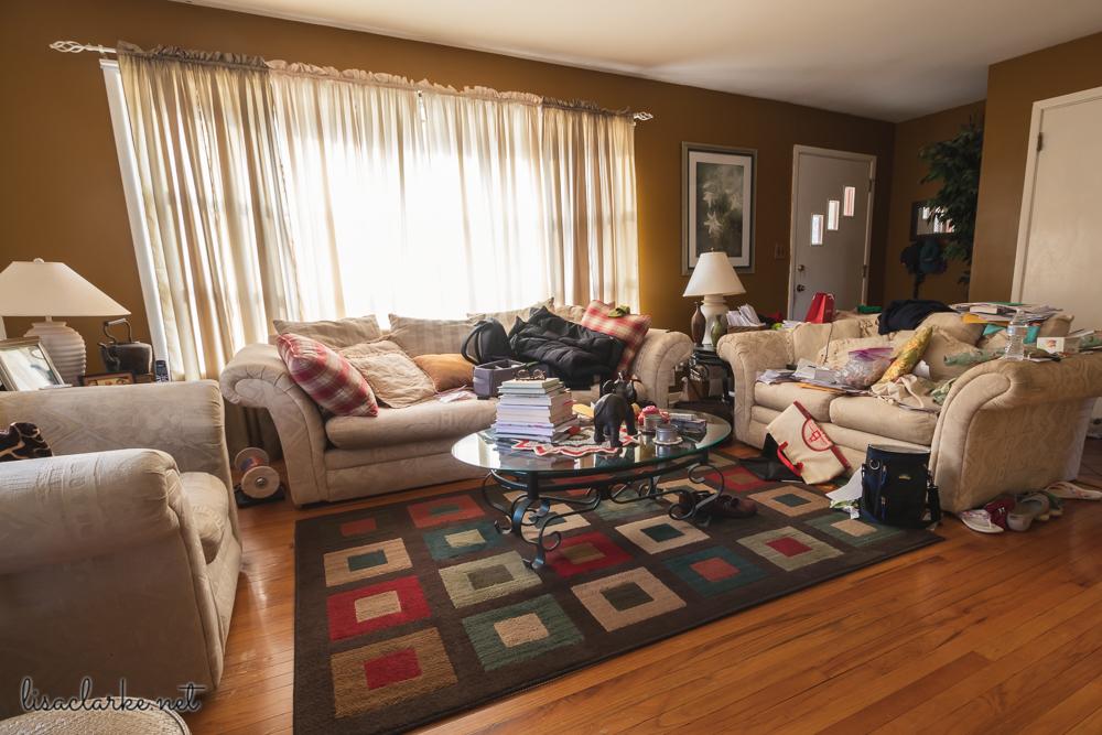 Tacky Santa: Living Room Mess